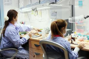 About Us - Bangkok Dental, Dentist by Bangkok Smile Dental